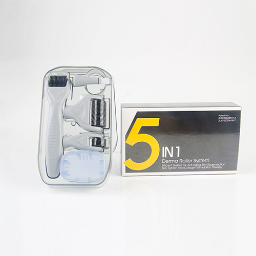 5 In 1 Derma Roller Set 0.5mm,1.0mm, 1.5mm 2.0mm Micro Needles Comes In A Travel Case